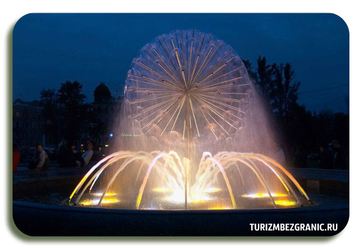 Светомузыкальный фонтан в парке 850-летия города