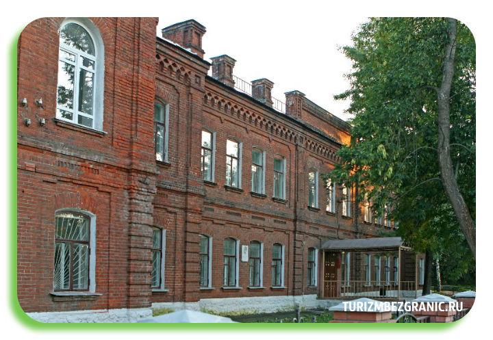 Здание женской гимназии в Муроме
