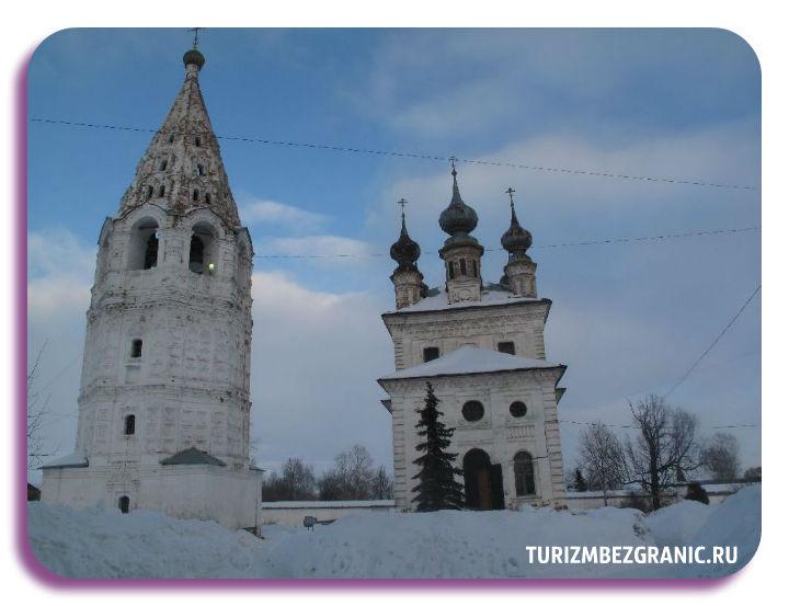 Колокольня в Михайло-Архангельском монастыре