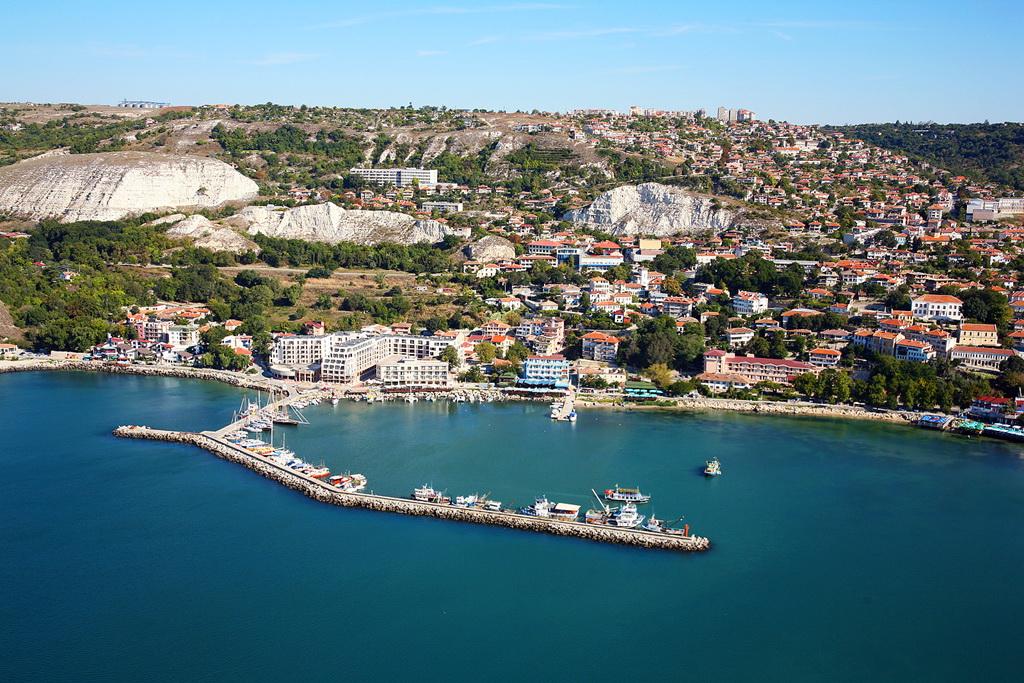 Город Балчик - вид сверху