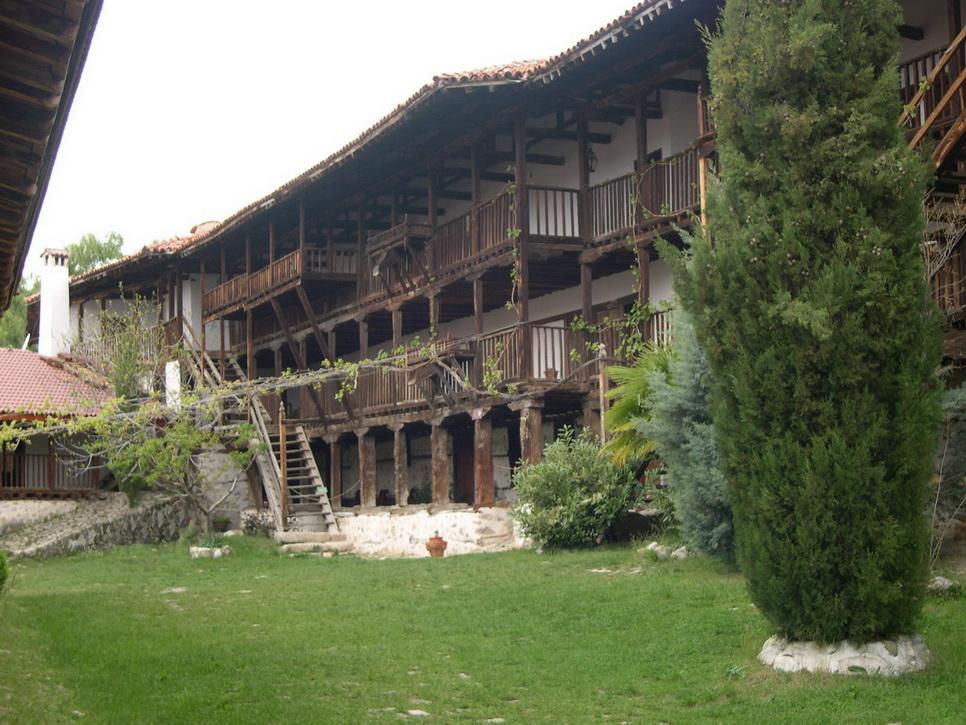 Роженский монастырь в Болгарии