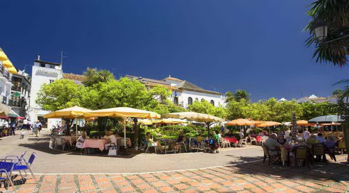 Марбелья. Plaza-de-los-Naranjos