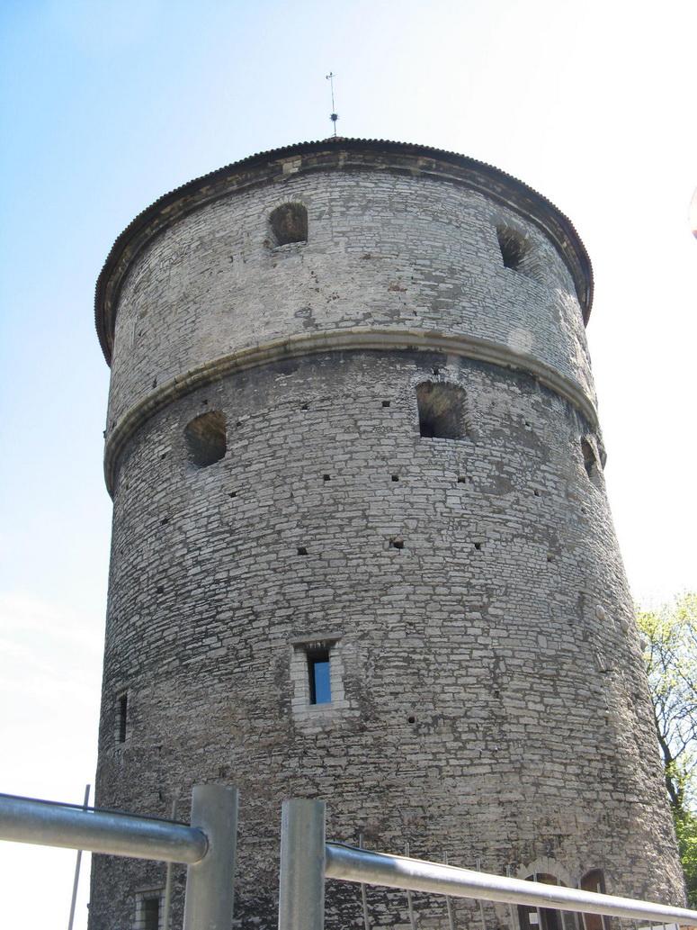 Башня Kiekindekok в Таллине
