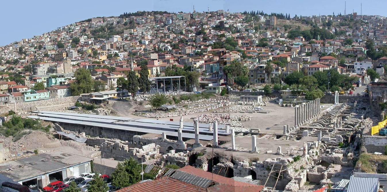 Площадь Агора в Измире