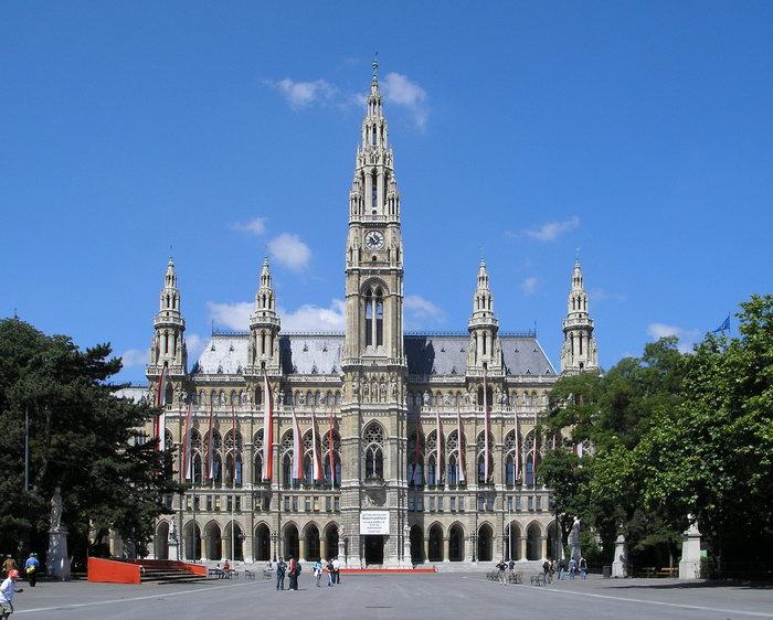 Что посмотреть в Вене, здание ратуши в вене