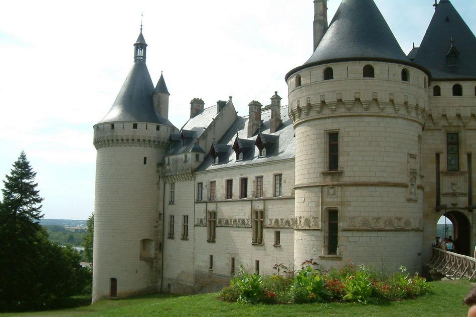Шомон-сюр-Луар