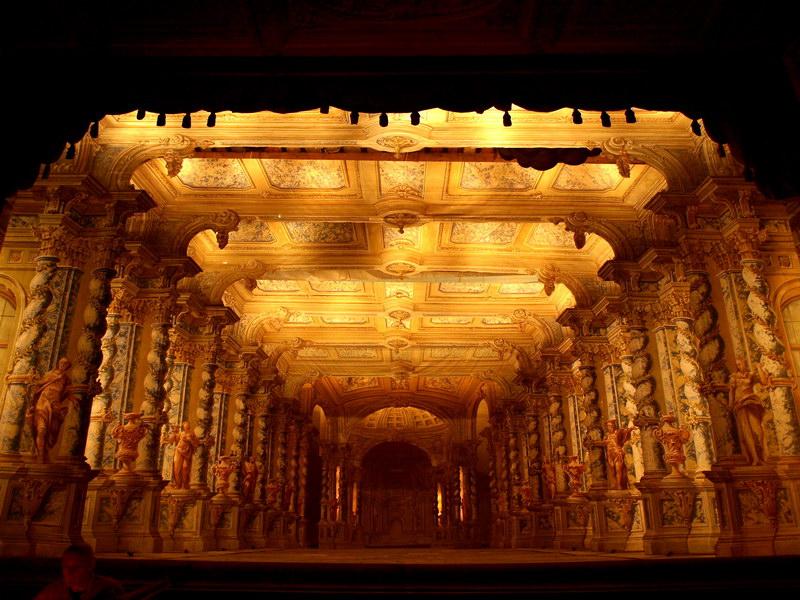 Сцена замкового театра в Крумлове