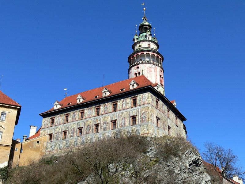 Замок на Влтаве в Крумлове